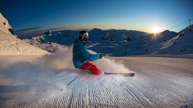 gaspingerhof zillertal ski sonnenaufgang pulver